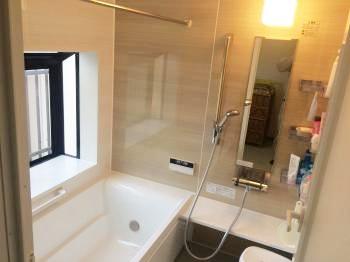 リフォーム  野田市 安全面にも配慮した暖かくお掃除ラクラクなお風呂になりました。