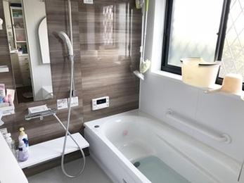 使いやすいお風呂になり、白蟻工事で安心できます!